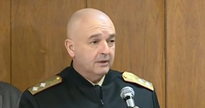 На въпрос на журналист, началникът на Оперативния щаб Венцислав Мутафчийски