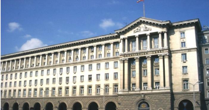 ПремиерътБойко Борисовзаяви, че ще бъде направено предложение за замразяване на