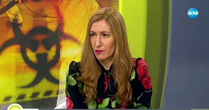 Секторът е изцяло спрял, алармира министърът на туризма Николина Ангелкова.