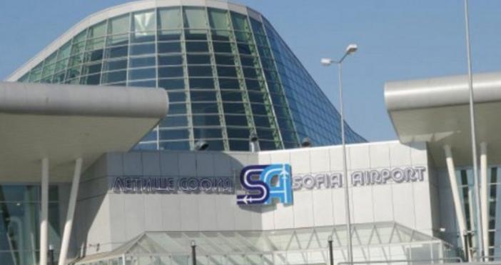 Снимка: БулфотоЗначителен спад на пътникопотока, отчитат от летище София през