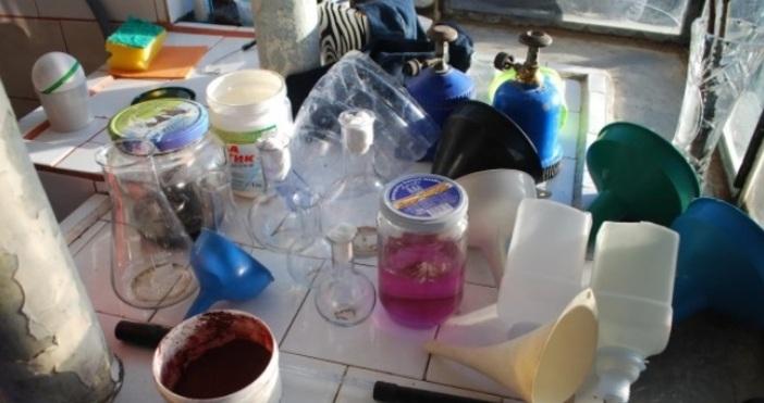 Снимка: ОДМВР - СливенПроизводство и притежание на наркотици са установени