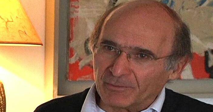 Статията на професора по международни политически отношения от скопския юридически