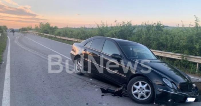 Снимка:BulNewsТежка катастрофа е затворила преди минути пътя между Враца и