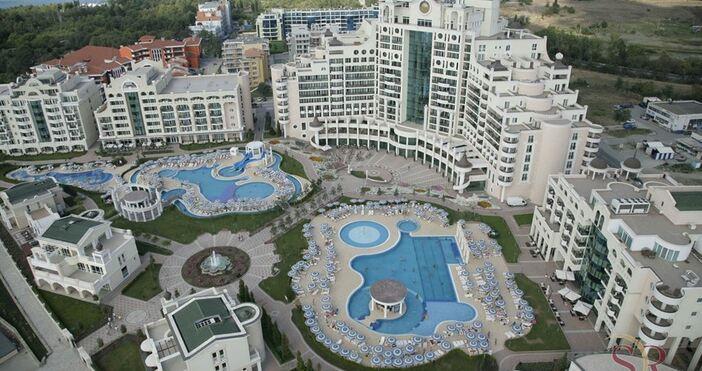 """Най-големият хотелски комплекс в Поморие - 5-зведният """"Сънсерт Ризорт"""", няма"""