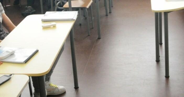 Близо 49 хиляди ученици са подали заявления за явяване на