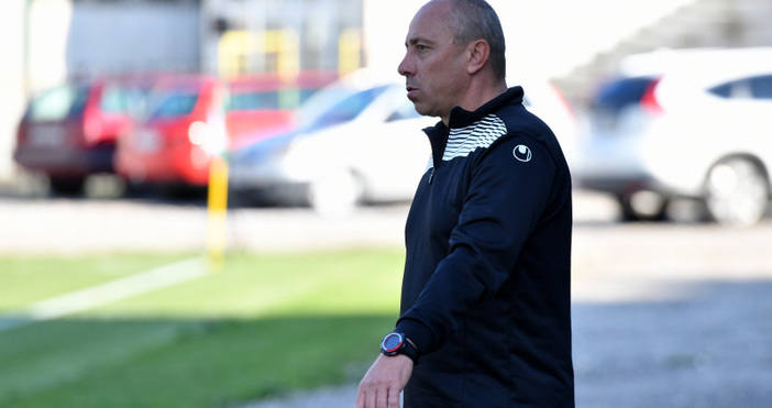 Старши треньорът на Черно море Илиан Илиев остана доволен от