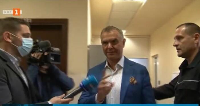 БНТкадър: БНТСпециализираният съд решава дали да остави в ареста зам.-министъра