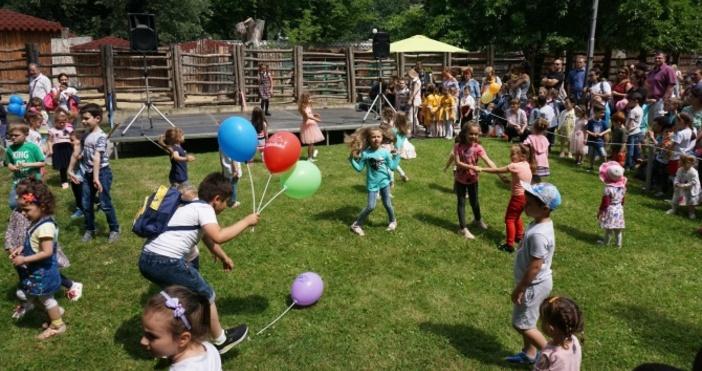 снимка: БулфотоНа 1 юни празнуваме Международния ден на детето. Празникът