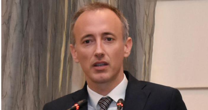 Министърът на образованието Красимир Вълчев каза в ефира на Би