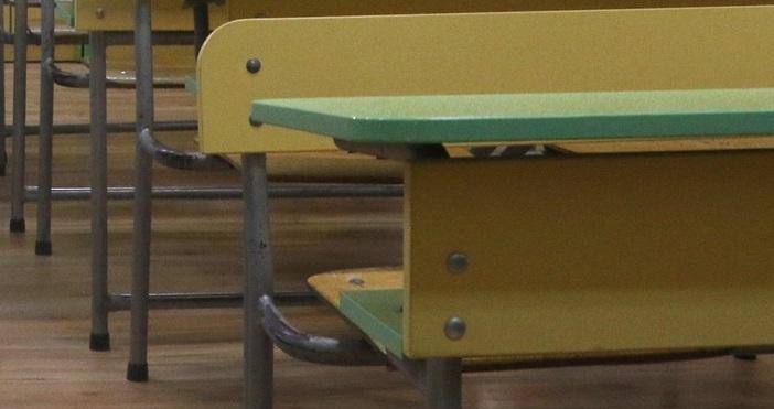 Снимка: БулфотоИзпитният вариант за втория задължителен държавен зрелостен изпит ще