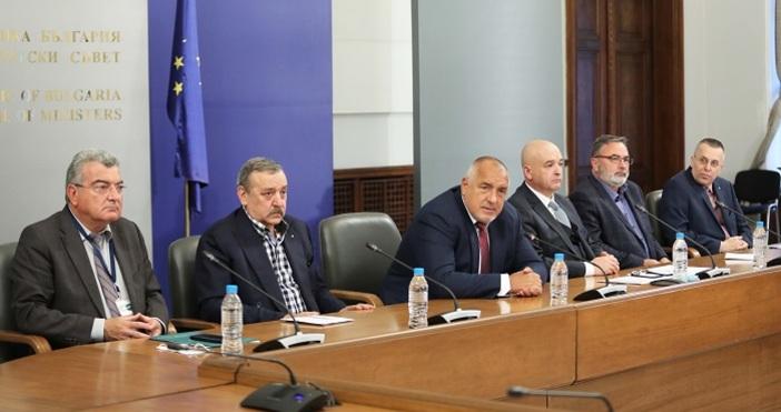Снимка Министерски съветМнозинството българи вярват, че коронавирусната пандемия е умишлено