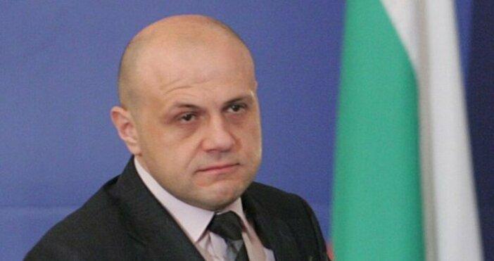 Снимка: Булфото, архивЗемеделският министър Десислава Танева не трябва да подава