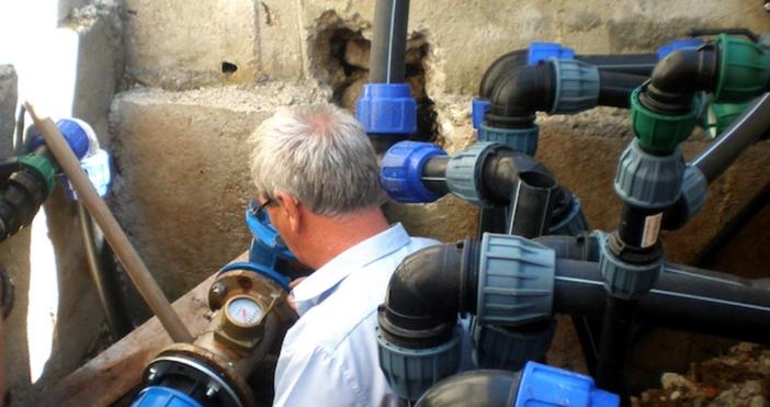Снимка: Басейнова дирекция, архивРемонтът на авариралия централен водопровод във Велико