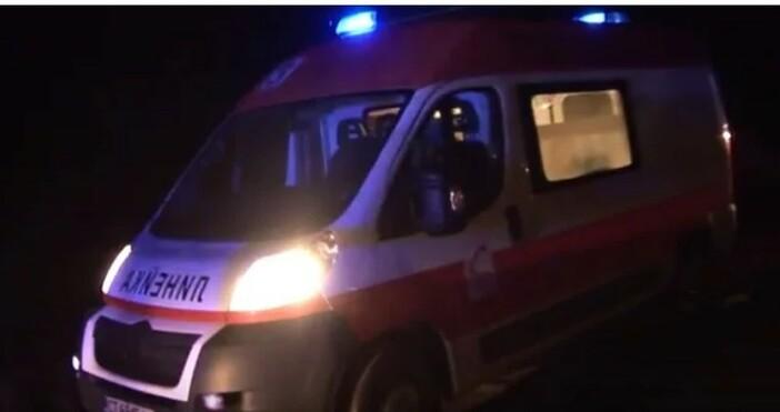 БНТснимка: БулфотоМъж, пострадал след верижна катастрофа на магистрала