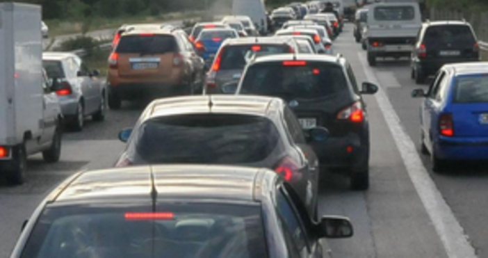 "Снимка Булфото, архивВерижна катастрофа на автомагистрала ""Тракия"" е станала тази"