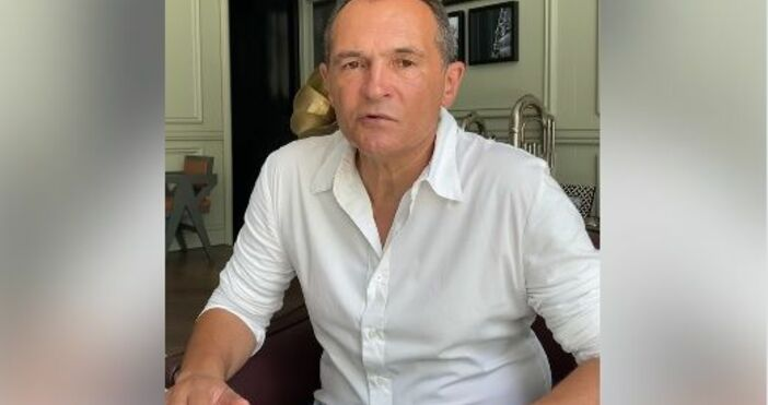 кадър: ФейсбукОбвиняемият бизнесмен Васил Божков пусна нова анкета от Дубай.В