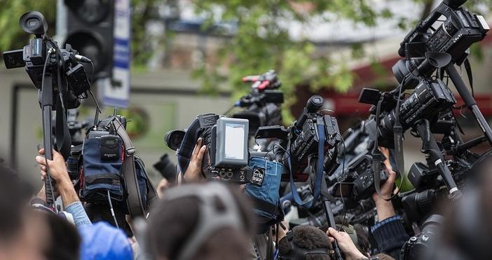 илюстрация PixabayКакво трябва да направят журналистите, когато канят събеседници, за