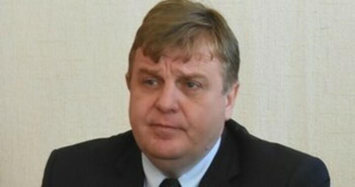 Снимка: БулфотоВицепремиерът и министър на отбранатаКрасимир Каракачанове категоричен, че не