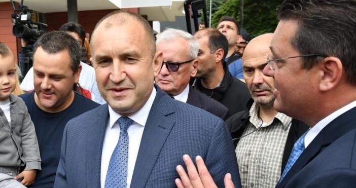 снимка: Булфото, архивДнес в 10.00 часапрезидентът Румен Радев ще посети