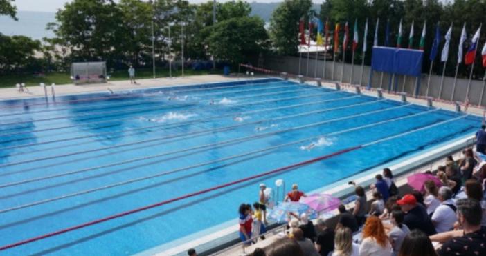 снимка: Булфото18 плувни басейна са проверени във Варна в периода