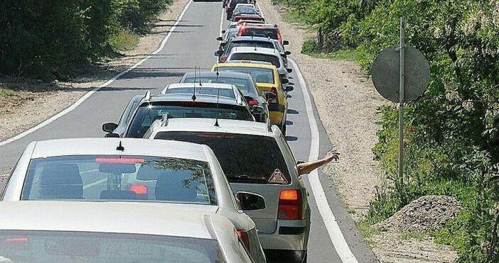 Снимка БулфотоТрафикът на граничния контролно-пропускателен пункт