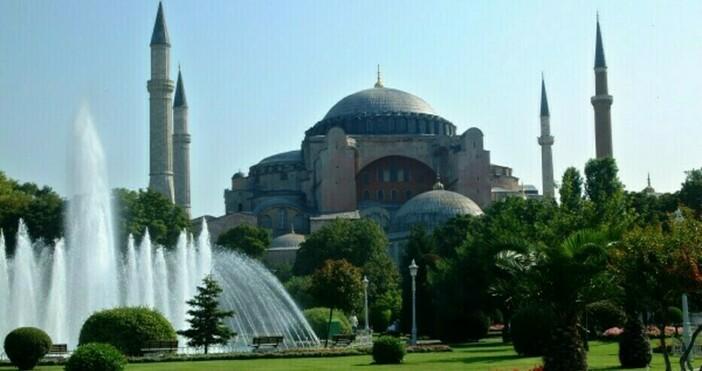Медии близки до управляващите в Турция съобщават, че Държавният съвет