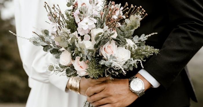 Снимка PexelsХора от сватбения бранш, организатори на семейни събития, диджеи
