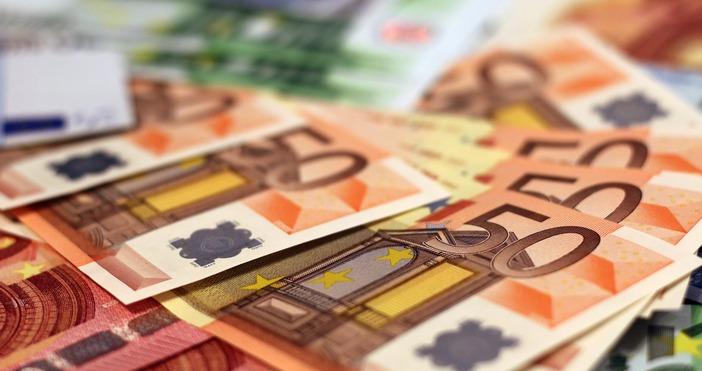 България вече е част от валутния механизъм ERMII (чакалнята еврозоната),
