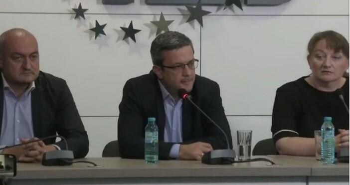 Тома Биков заяви, че вчера шпицкомандите са били от професионалисти,