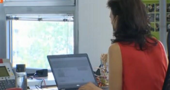 БНТкадър: БНТКоронавирусът промени живота ни. 2/3 от мениджърите и служителите