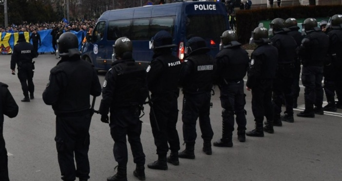 Снимка Булфото, архивУстановено е кои саполицейските служители, срещукоито се води