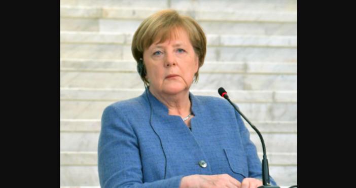 снимка БулфотоНемската преса вече съобщи, че канцлерът Ангела Меркел е
