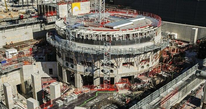 kaldata.comфото:Oak Ridge National Laboratory, УикипедияЧетиринадесет години след получаването на официалното
