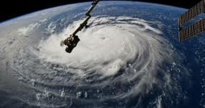 фото:НАСАСлед изпращането на няколко спътникови ескадрили Starlink тази година, компанията