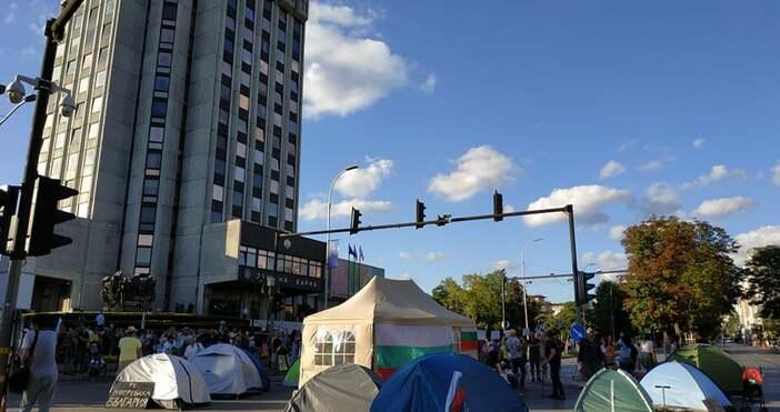 """Снимка: """"Петел""""Утре блокираме целия град, заяви мъж от протеста във"""