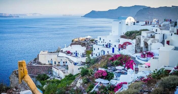 фото:pixabay.comЗа четвърти пореден ден в Гърция има трицифрени нови случаи