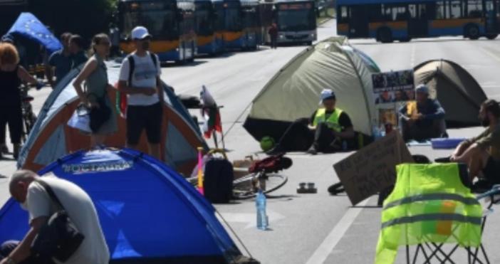 Снимка: Булфото, архивПалатковият лагер пред Софийския университет (СУ) ще бъде