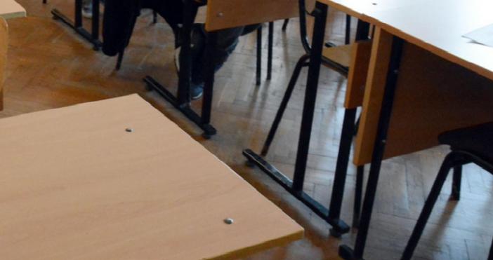 Снимка: БулфотоОбщо 178 училища ще получат 498 427, 45 лева