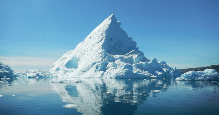 фото:pexels.comБритански климатолози установиха, че почти цялата полярна ледена шапка може