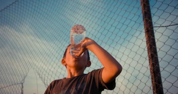 Снимка: БулфотоВъзстановява се ползването на водата за пиене и готвене