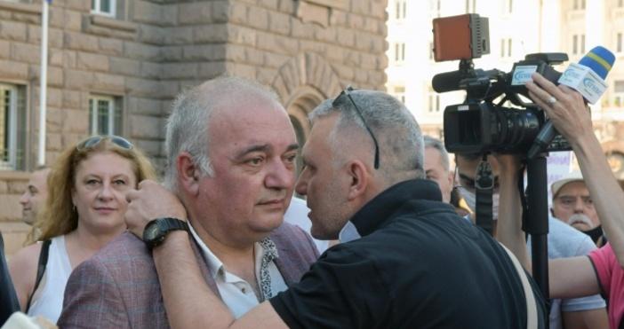 БНРснимка: Булфото, архивПродължават протестите срещу правителството и главния прокурор.Организаторите обявиха