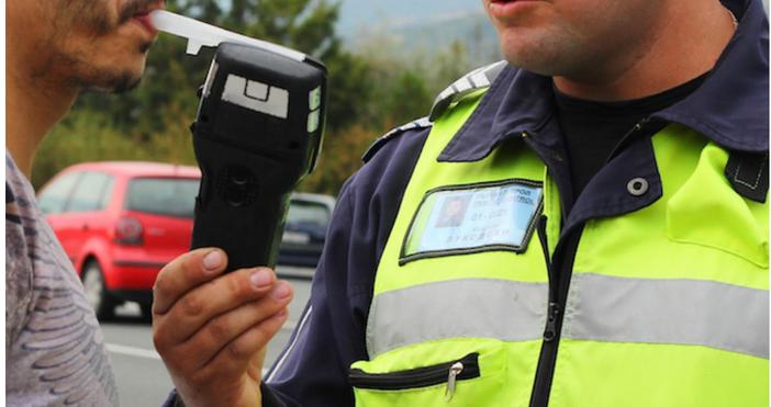 Снимка: БулфотоПолицията в Пловдив задържа51-годишен мъж, шофирал с 3,10 промиладнес
