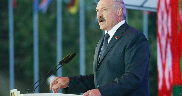 Снимка:Okras, УикипедияБеларуският президент Александър Лукашенко заяви, че иска да разговаря