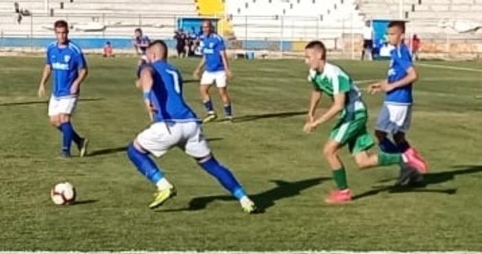 Снимка: ПетелСпартак победи с 6:0 Тополи в мач от първия