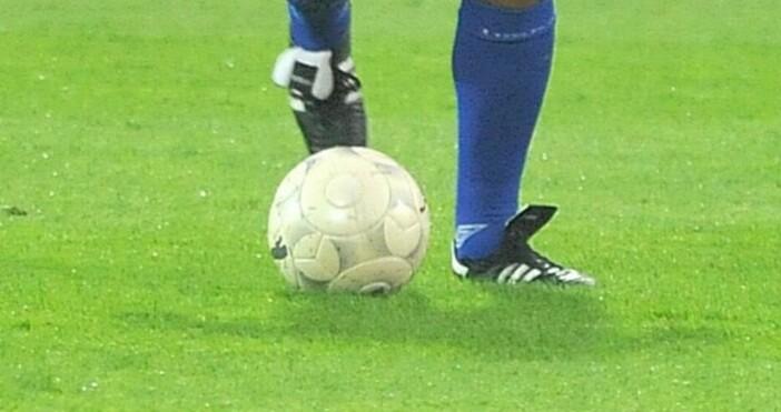 Снимка: БулфотоСлед над 6 г. български футболист отново ще играе