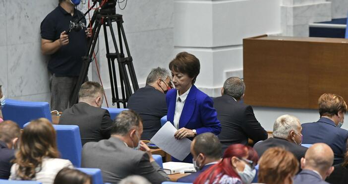 Снимка: БулфотоПет партии влизат в следващото Народно събрание.Ако изборите бяха