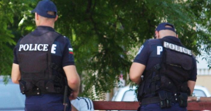 снимка ПетелВчера в Девня, при извършване на полицейска проверка на