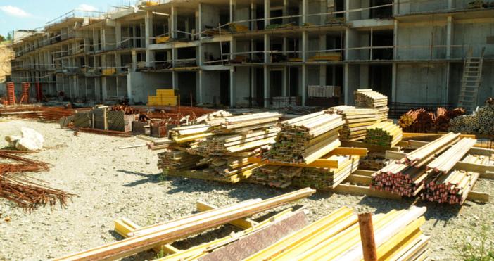 Снимка Булфото, архивБургаският Административен съд отложи днес делото за строителството