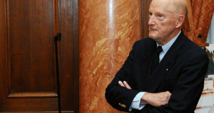 Снимка: Бившият премиер и бивш цар Симеон Сакскобургготски направи обръщение