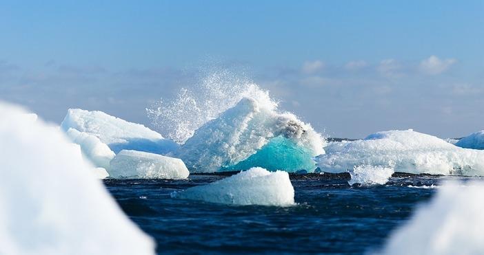Снимка: pixabayЛедът в Северния ледовит океан се сви до второто